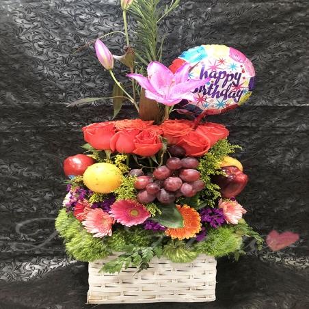 Arreglo Floral Con Frutas y Globo