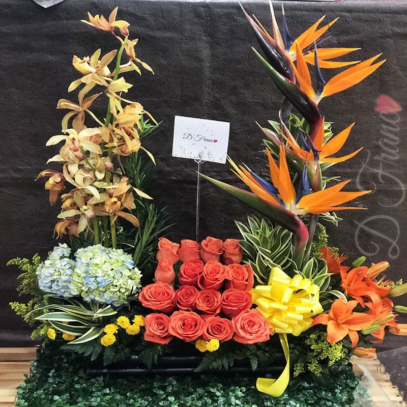Arreglo Floral Con Orquídeas Cali