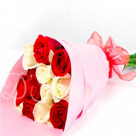 Bouquet de Rosas Rojas Y Blancas