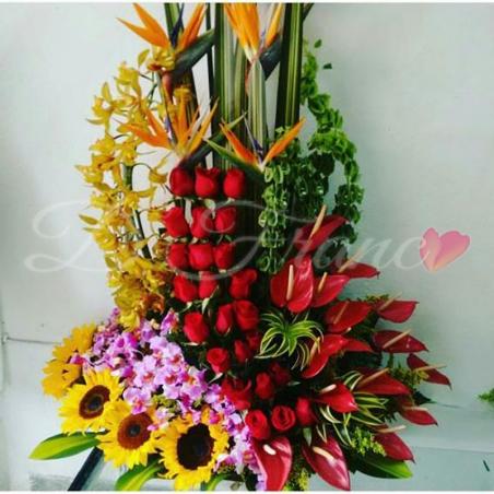 Arreglo Floral Diseño de Amor