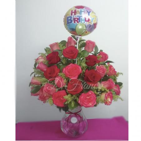 Rosas en Jarrón y Globo