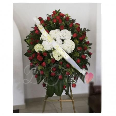 Corona Fúnebre con rosas Rojas cali